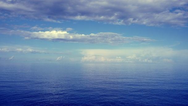 Sky_blue_sea